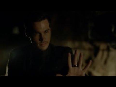 The Vampire Diaries 8x14 - Caroline saves Josie and Lizzie from Kai with Alarics help [HD]