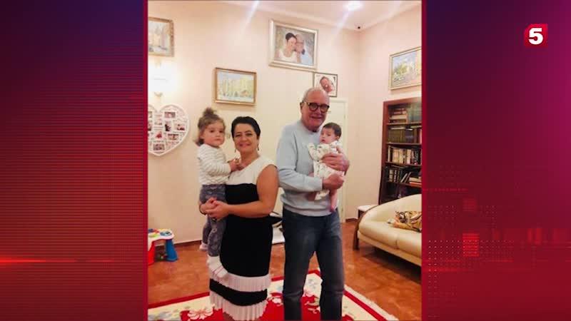 Эммануил Виторган в День матери показал поклонникам маленьких дочек