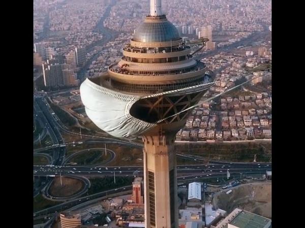 Вертолеты надели огромную медицинскую маску на самое высокое здание Ирана – телебашню Бордж-е Милад