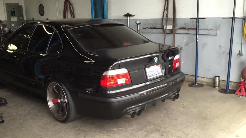 BMW E39 M5 Resonated SS-X-Pipe to Muffler Delete