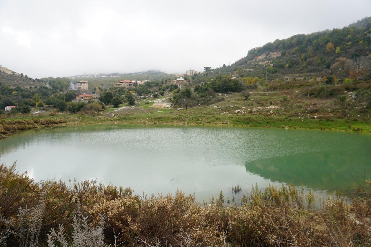 Карстовые дыры в Ливане