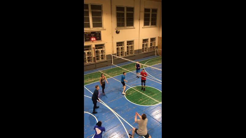 Volleys.club. Любительский волейбол в Москве