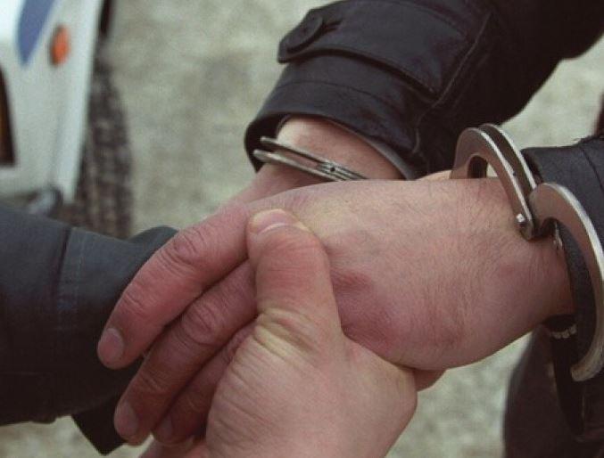 В Кемеровской области расследуется уголовное дело по факту применения насилия в отношении сотрудников полиции