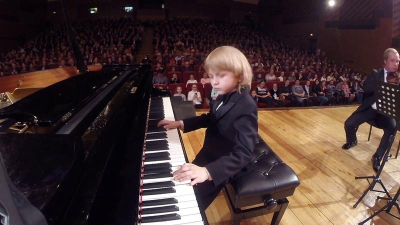 Моцарт 21 Века Елисей Мысин Юный пианист и великий композитор Young Mozart Of The 21st Century piano