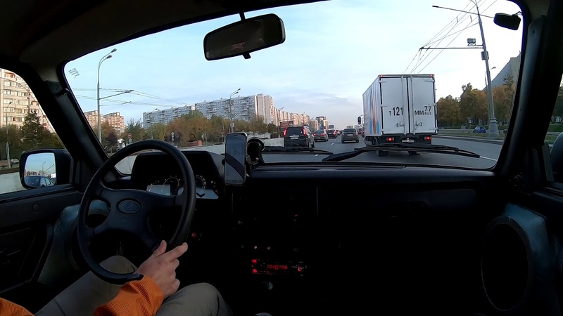 Lada 4x4. Город, трасса. Сколько реально едет? Встретил Ford Raptor.