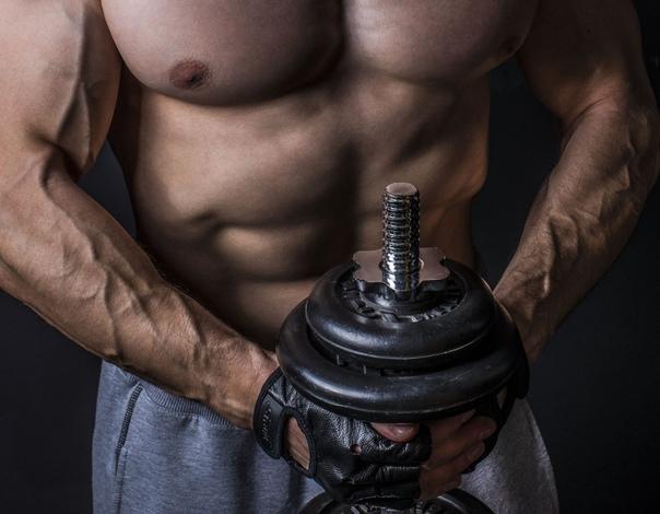 Как одновременно сжечь жир и накачать мышцы