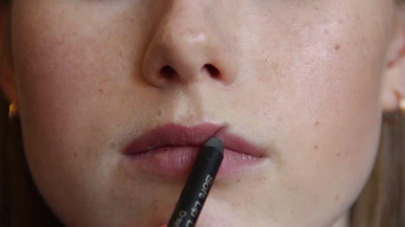 Вечерний макияжСиние Стрелки и Губы омбре Модный Макияж 2016
