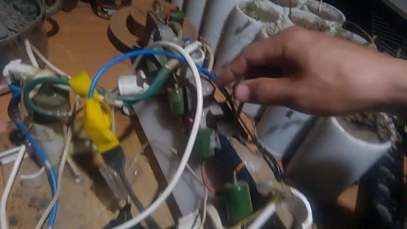 Устройство Генератор тока 5 Умножителей последовательно два строчника паралельно
