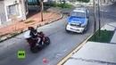 🔞 Roban una moto y chocan fatalmente en su fuga contra una patrulla de la Policía