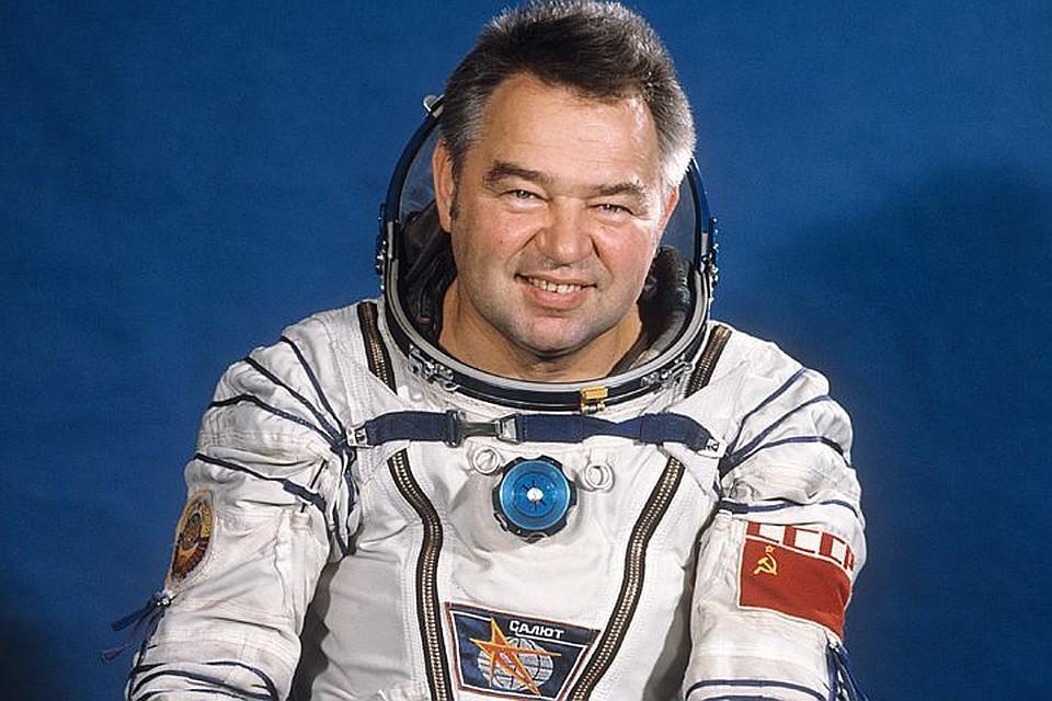 Георгий Гречко, космонавт. Болельщик Зенита