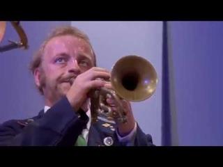 Mnozil Brass - Magic Moments