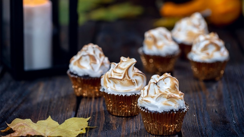 Pumpkin Mocha Cupcakes with Toasted Meringue