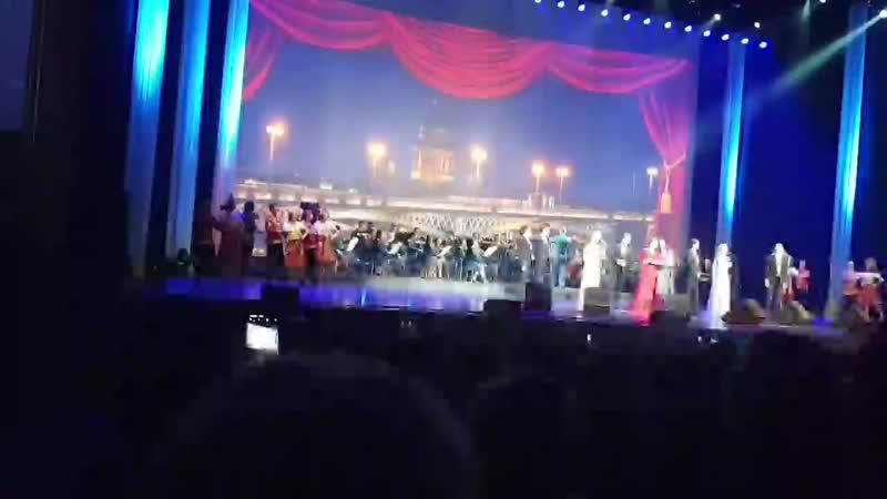 Шоу Опера