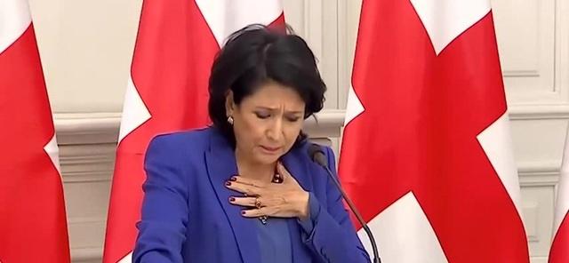გრიპი არმჭირს სალომე ზურაბიშვილი დ Salome zurabishvilis Gripi · c