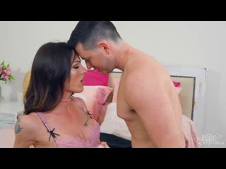 Carrie Emberlyn / Soft, Warm, Pink [ г., Transsexuals, Shemale, Hardcore, Anal, Bareback, Blowjob]