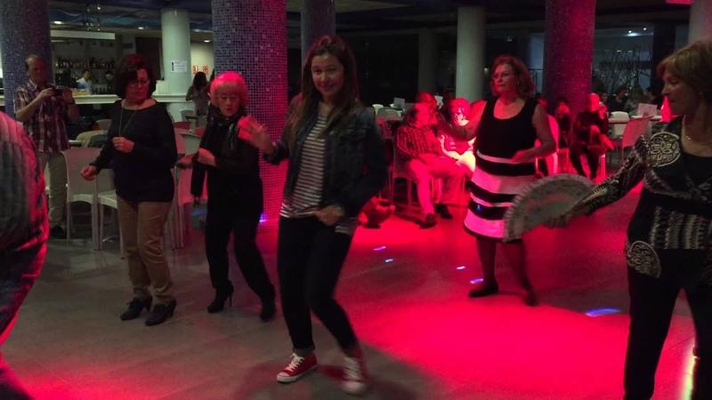 Baile en línea - Cariñito ( Cumbia )
