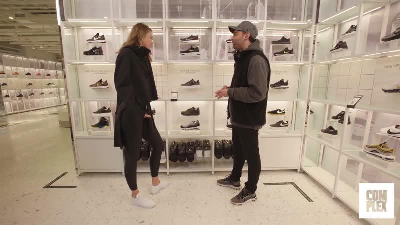 Мария Шарапова выбрала новые кроссы на сникершопинге [OUTPACxPAPALAM]