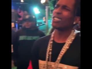 A$AP Rocky и A$AP Ferg зачитали фристайл на фестивале Rolling Loud