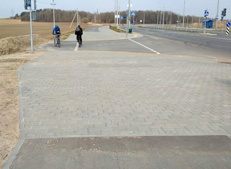 Станут ли Грандичи-2 велосипедным районом мечты?, изображение №3