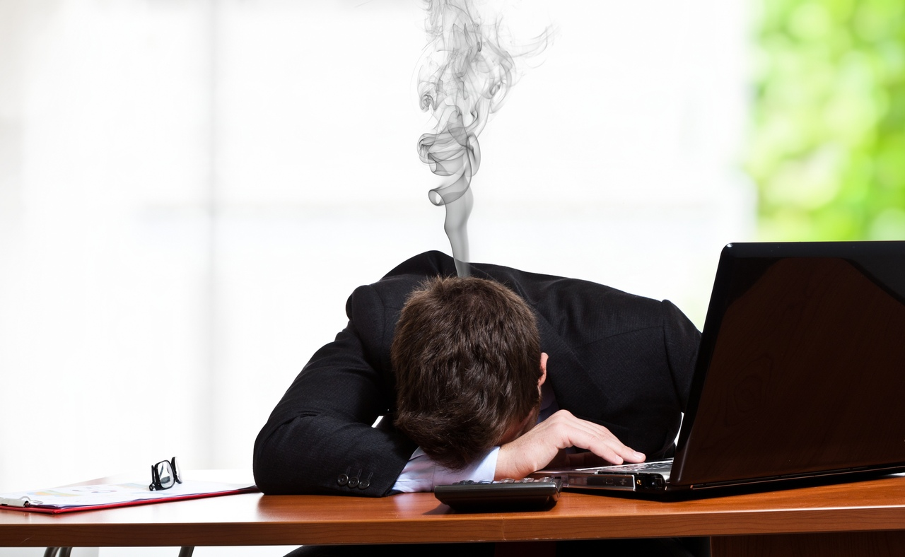 почему-то терпеть устал от работы фото комментариях под снимком