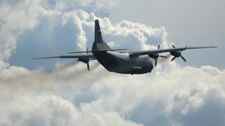Heavy Smoke Takeoff Antonov An-12 — Russian Air Force, Kubinka AFB, Army 2020