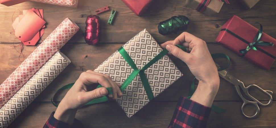 Остерегайтесь несчастливых подарков: что не стоит дарить согласно приметам