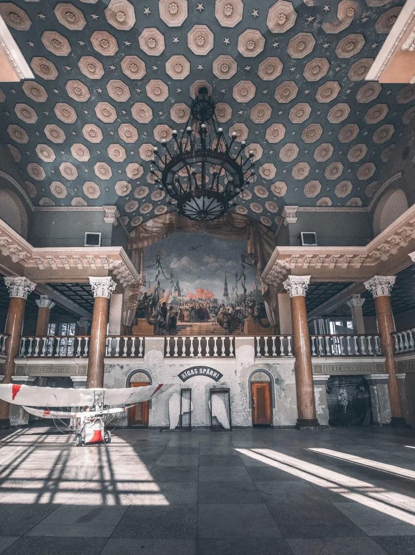 Аэропорт Спилве - заброшенный шедевр сталинского ампира в Латвии.