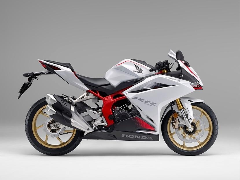 Обновленный спортбайк Honda CBR250RR 2021