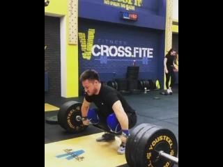 Олег Чен рвет с виса 120 кг на 3 раза