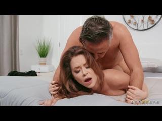 [Brazzers] Emily Addison - Hard Cock For A Hot Thief. Муж поймал сестру своей жены и жёстко наказал её. Порно секс минет оргазм