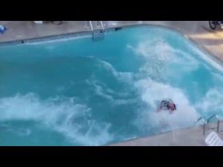 Трюки на водных мотоциклах
