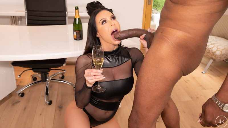 Kendra Lust - Big Tit MILF Star Has A BBC Celebration With Dredd |  MILF Big Tits Interracial Brazzers Porn Порно