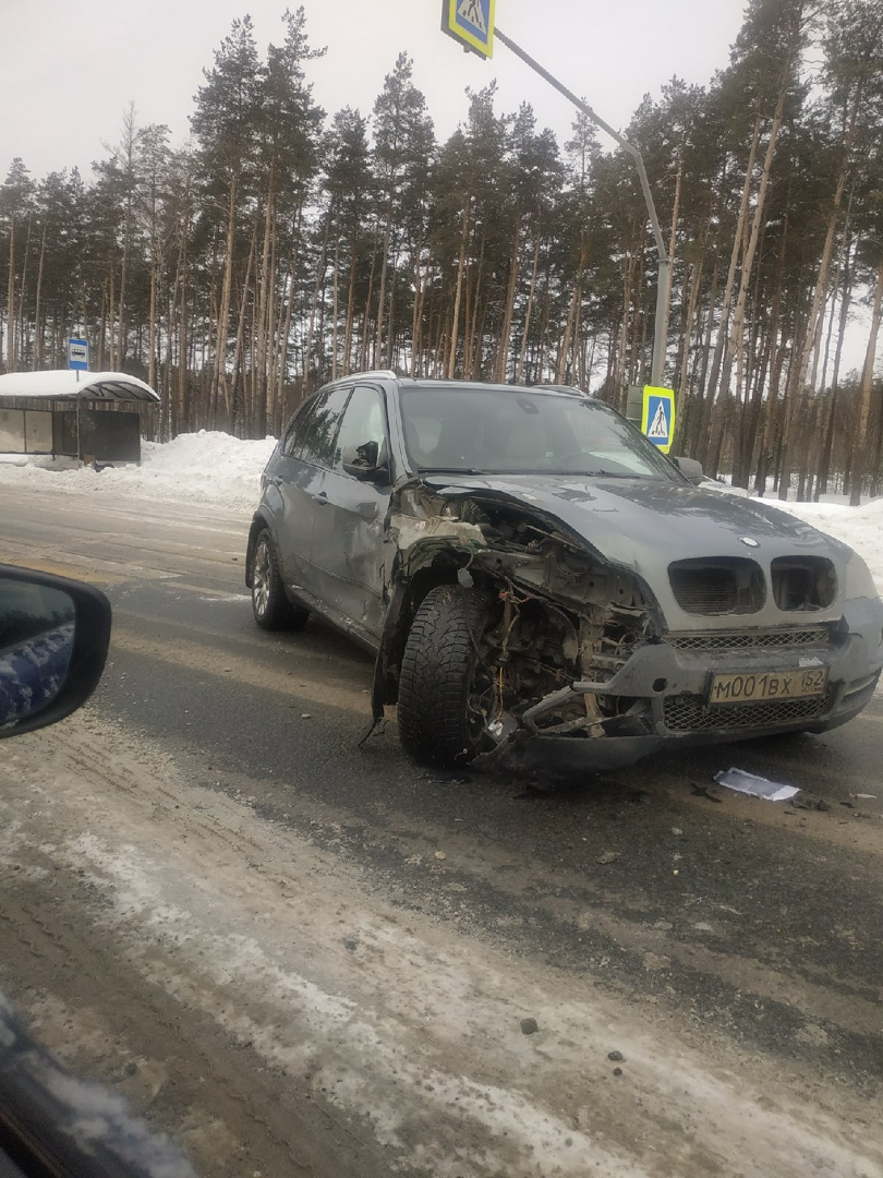 авария на трассе при повороте на Пыру
