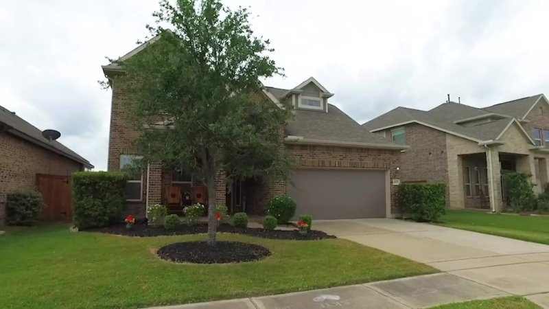 19619 Chaparral Berry Dr, Cypress, TX 77433