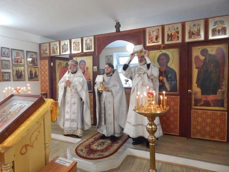 Верующие жители посёлка Пригородный отметили престольный праздник сельского храма