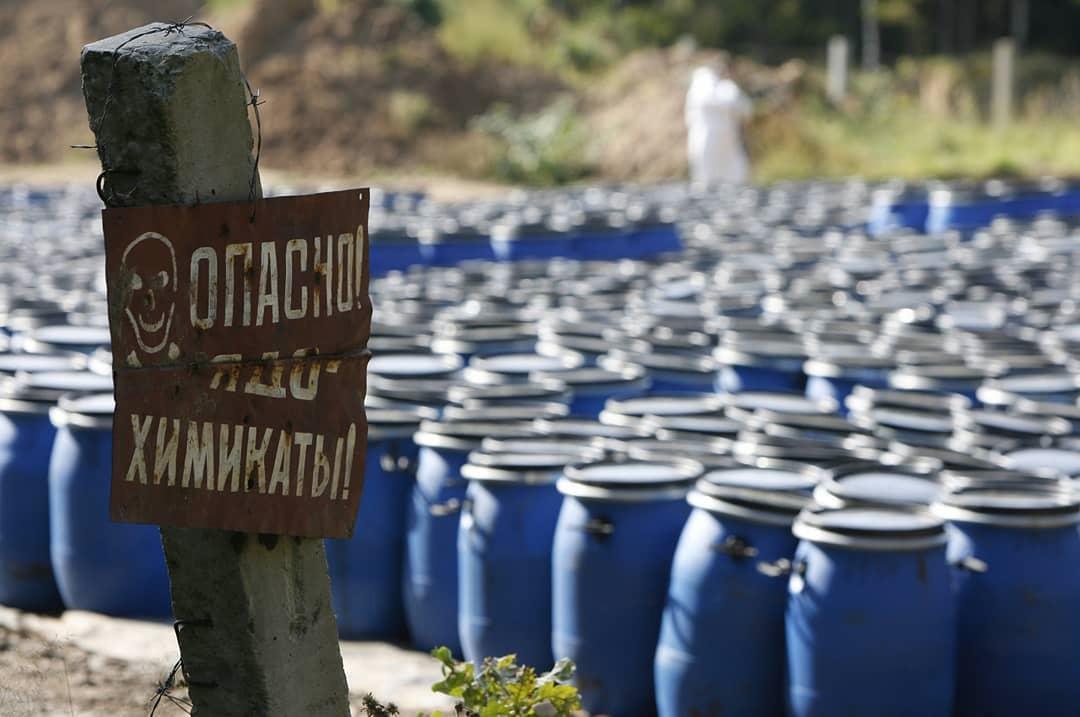 В одном из крестьянско-фермерских хозяйств района зафиксировали нарушения в сфере безопасного обращения с пестицидами и агрохимикатами