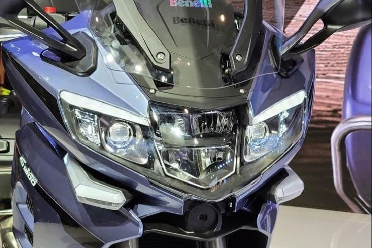 Туристический мотоцикл Benelli 1200GT представили в Китае