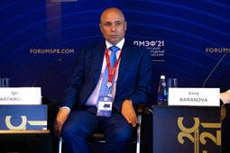 Игорь Артамонов выступил на дискуссионной площадке ПМЭФ