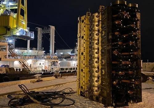 Кингисеппский машиностроительный завод отремонтировал главный двигатель танкера «Дубна»