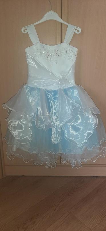 Платье на девочку, в хорошем состоянии. | Объявления Орска и Новотроицка №28883
