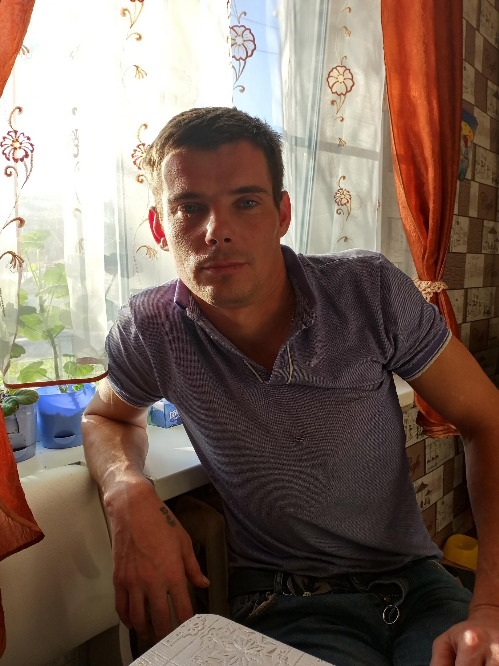 Александр, 36, Vologda