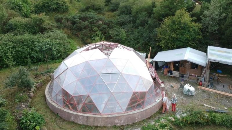 12m Dome build mysti mountaine it's a big one