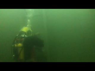 Обучение на водолаза спуск в РВС/Commercial diver training training dive in Russian Diving Equipment