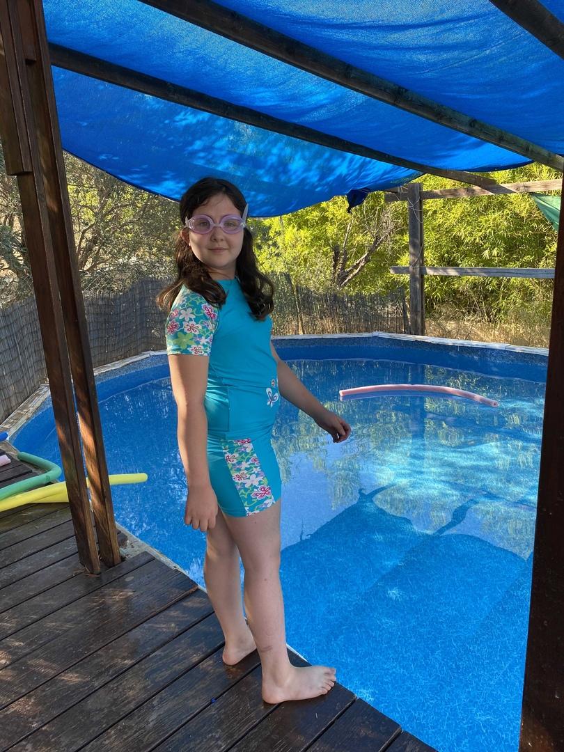 На деревню к бабушке в бассейн