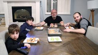 Мальчишник - Разная Пицца на Ужин - Любимые Печенья - Эгине - Семейный Влог - Heghineh Vlogs in Rus
