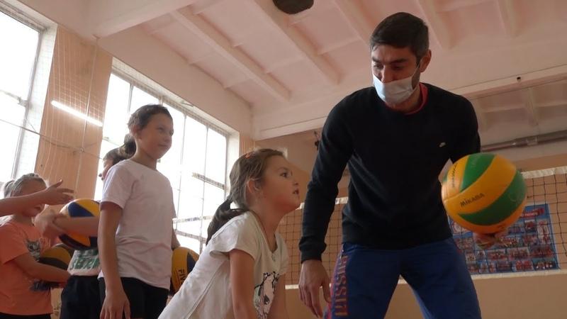 Тренер преподаватель по волейболу Дмитрий Фотияди