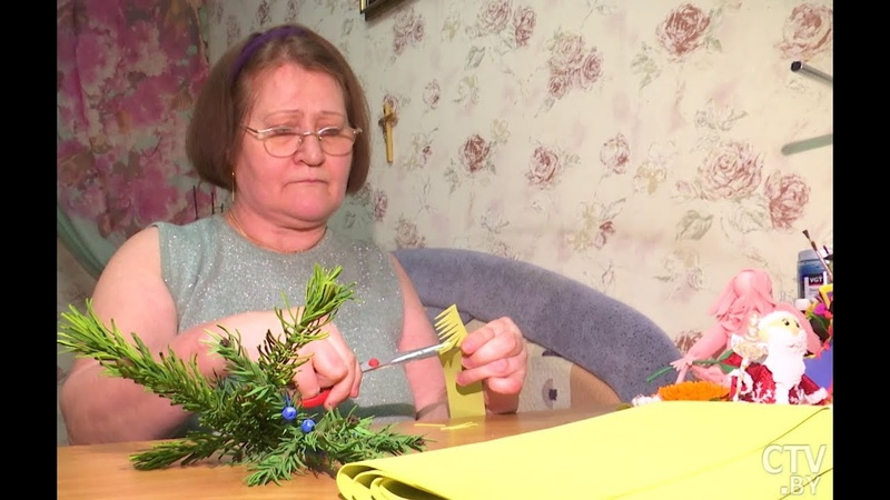 Как мастерица в инвалидном кресле создаёт мультяшных персонажей и живые цветы