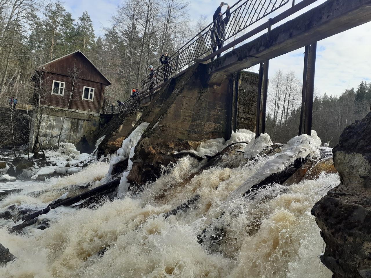 Карельский перешеек. Станция Петяярви. Природный заказник Вярямянселькя и заброшенная финская ГЭС