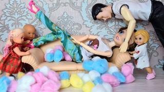МАМА СЛЕЗАЙ! Катя и Макс веселая семейка ставят новую мебель. Смешной сериал живые куклы Барби