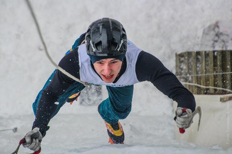 Главные отечественные ледолазные старты сезона финишировали в городе Кирове в минувшие выходные – чемпионат и первенство России по альпинизму. Всем было что доказывать и что терять…, изображение №61